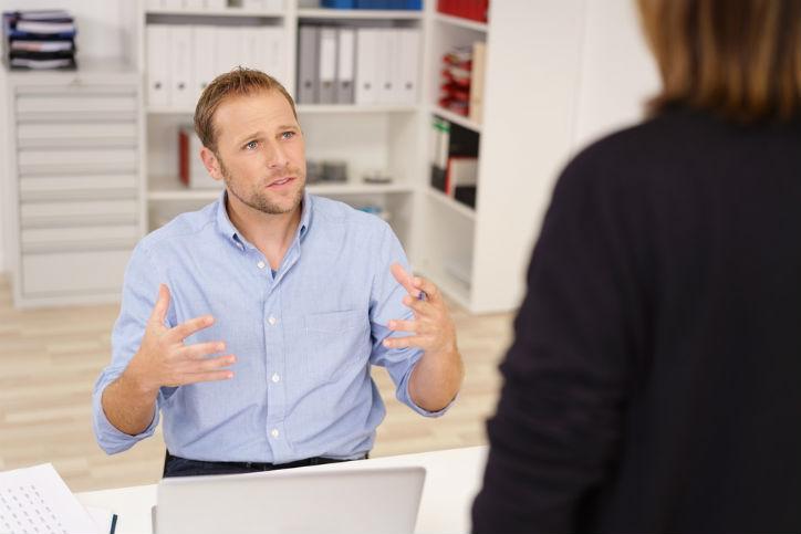 社内ヘルプデスク業務を減らす方法