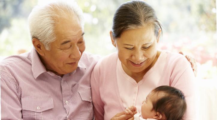 介護と育児のダブルケアの時代に突⼊。⼥性を⽀援することが、男性 にとってのメリットに